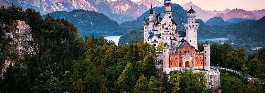 TOP 10 Europos pilių, kurias privalote aplankyti