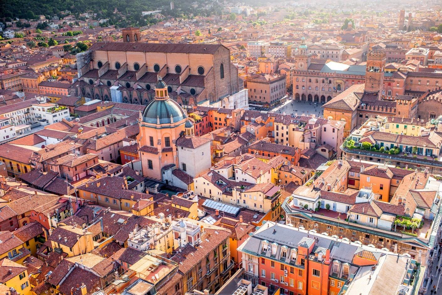 Kodėl verta vykti į Boloniją?