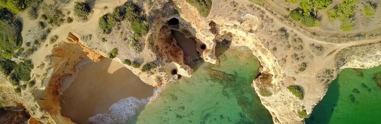 Rudens atostogos Algarvėje: 4★ Pestana Viking Beach viešbutis su pusryčiais už 620€