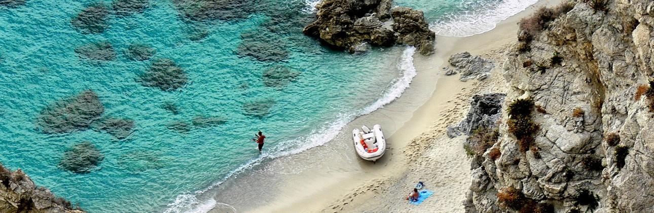 Itališki skoniai, peizažai, subtropinis klimatas - visa tai telpa Kalabrijoje vos už