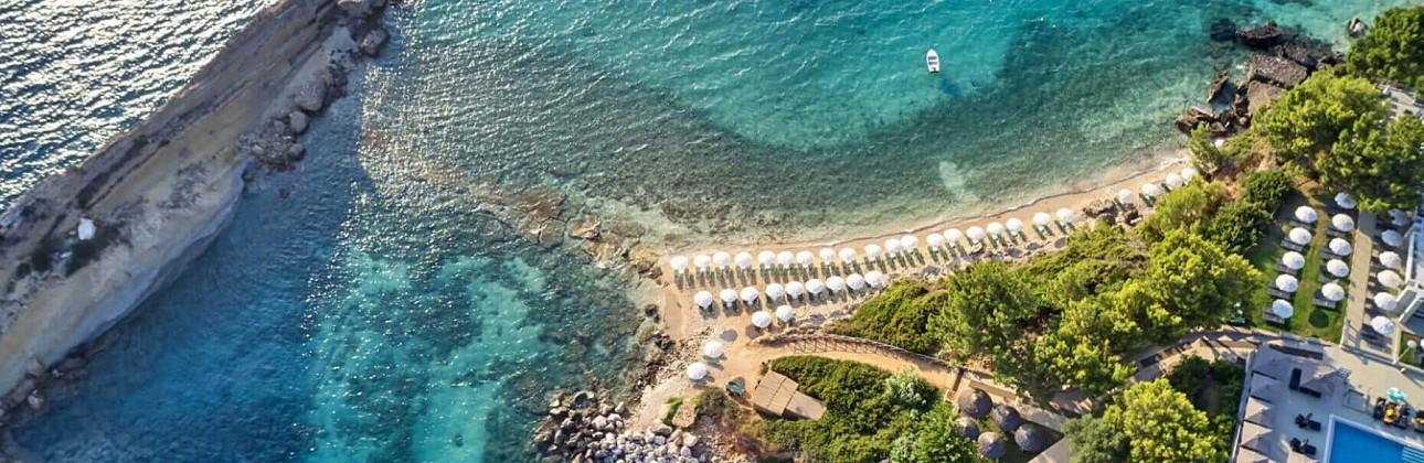 Rudens atostogos Kefalonijoje: 4★ White Rocks viešbutis su pusryčiais už