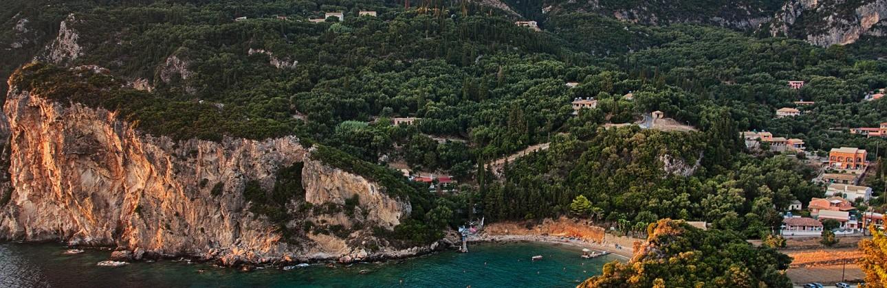 Rudens malonumai žalioje Korfu saloje: 3★ Messonghi Beach Holiday Resort viešbutis su viskas įskaičiuota už 442€