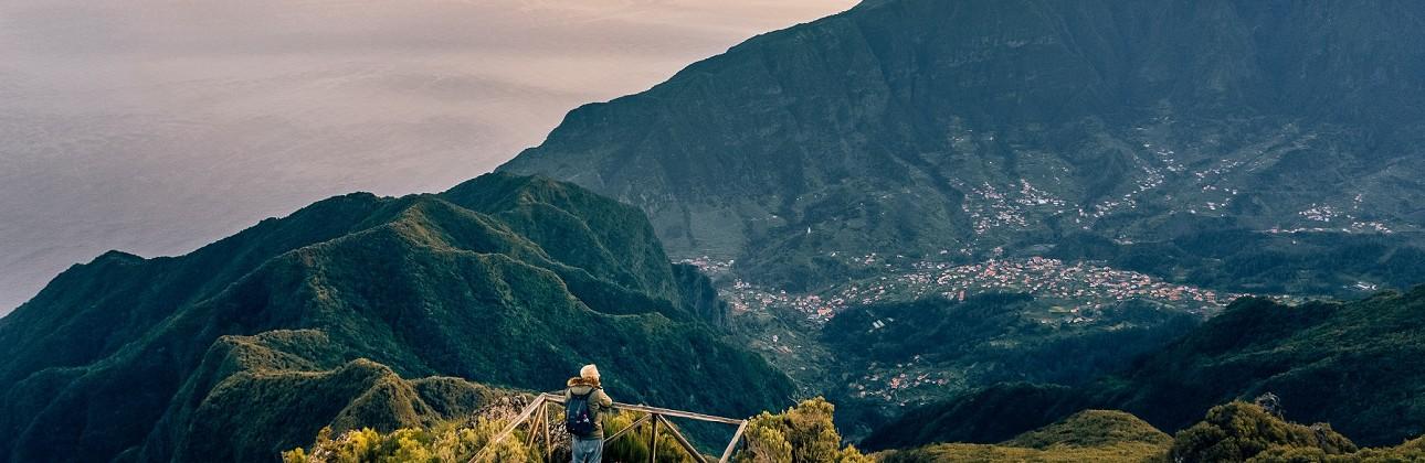 Rojaus kampelis žemėje: 3★ Estalagem do Mar viešbutis su pusryčiais ir vakarienėmis Madeiroje už 629€